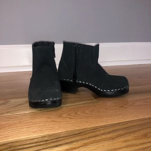 Swedish boot clogs by Hanna